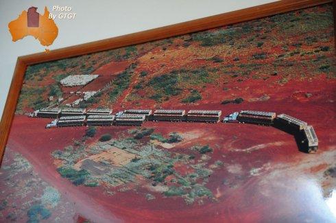 澳洲内陆的卡车运输巨无霸-公路列车