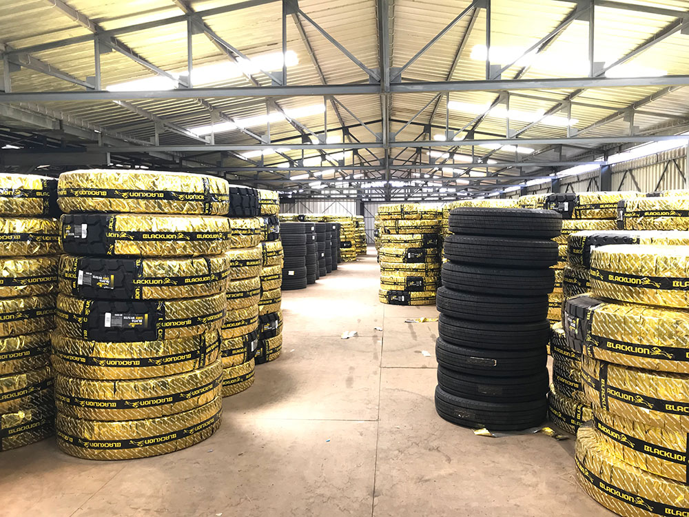 Gabon Blacklion TBR Tyre Distributor Warehouse full of Blacklion truck tires