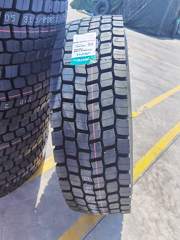 JY711 Jinyu Long Mileage Driving Tyre Solutions
